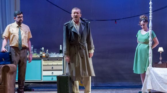 Teatre: 'Una gata sobre un tejado de zinc caliente'