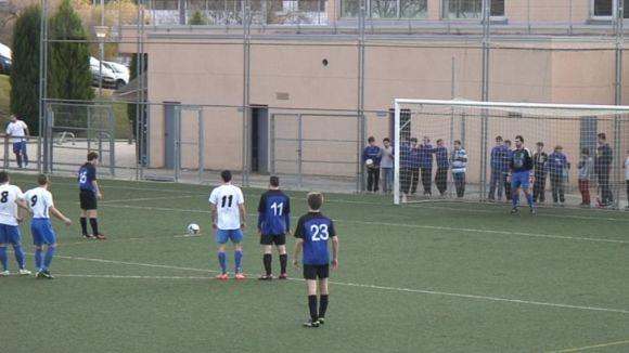 El Junior venç un Sant Pere Molanta que acaba amb set jugadors