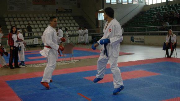 El Karate Sant Cugat participa al Català sènior