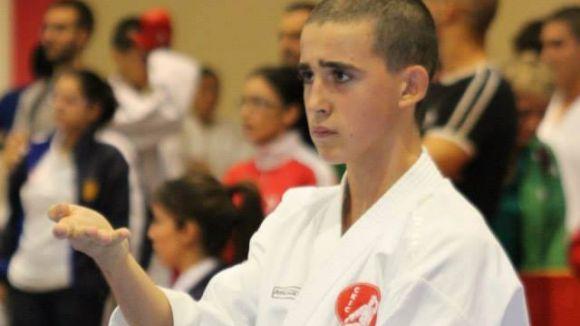 Albert Staromiejski vol superar la fase prèvia de l'Estatal de karate i disputar la final