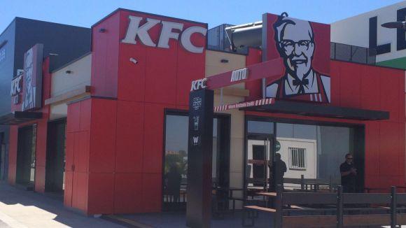 Kentucky Fried Chicken aterra a Sant Cugat i dóna feina a 30 persones