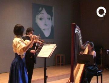 La música impressionista de 'La belle façon' commou el públic de l'Escola de Música Victòria dels Àngels