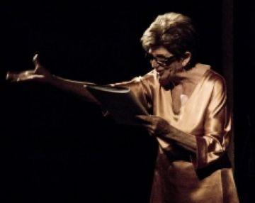 El Casal de Cultura de Valldoreix acull 'La veu dels poetes morts', amb Carme Contreras