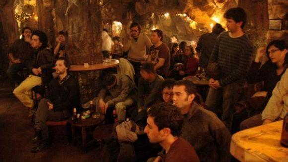 'Toca'm els dijous' de La Bohemia donarà veu als grups locals
