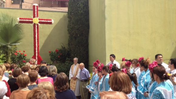 Ofrena a la Cruz de Mayo