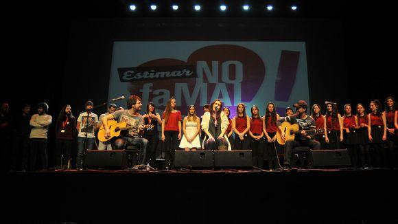 La festa Akustic omple el Teatre-Auditori contra la violència masclista