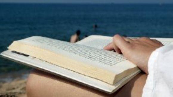 L'espai de literatura del SAF aborda el fet de la lectura en l'època estival
