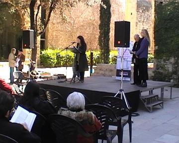 Més de 100 lectors donen vida a 'La plaça del Diamant' de Mercè Rodoreda