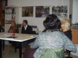 El grup de lectura es reuneix al local de la UIP
