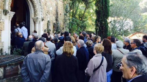 Multitudinari adéu a mossèn Pere al Santuari de les Planes