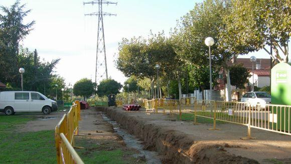 Els treballs de soterrament de les línies a l'avinguda de Baixador