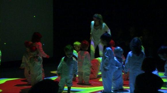 'Little Night' interactua amb els més menuts a través d'un joc de llums i colors