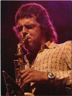 El saxofonista Llibert Fortuny porta a El Siglo una fusió de jazz i noves tecnologies