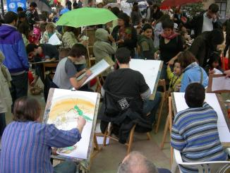 La Festa del Llibre Gegant aplega un centenar de nens i 32 il·lustradors