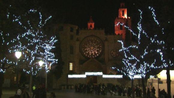 Centenars de santcugatencs donen la benvinguda al Nadal més sostenible