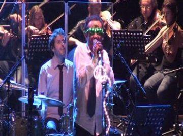 Ple absolut al Teatre-Auditori per veure la fusió de Love of Lesbian amb l'Orquestra Nacional Clàssica d'Andorra