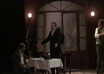 'Luces de Bohemia' atrapa el públic dins la realitat deformada d'un món en crisi