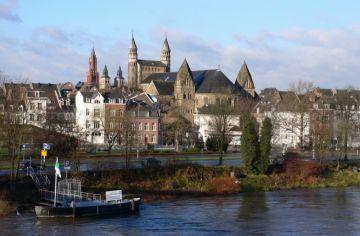 Maastricht espera la candidatura de Sant Cugat
