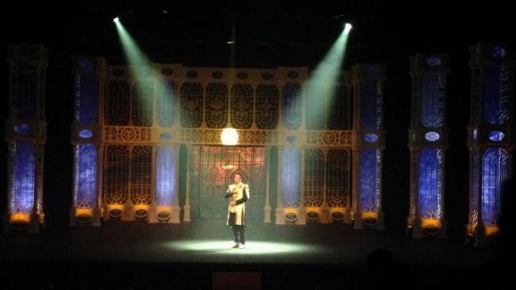 El Mag Lari captiva el Teatre-Auditori amb 'Ozom'
