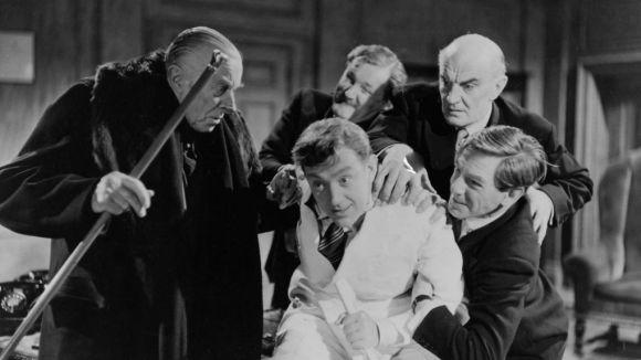 La comèdia satírica 'The man in the white suit' obre avui el cicle de cinema clàssic