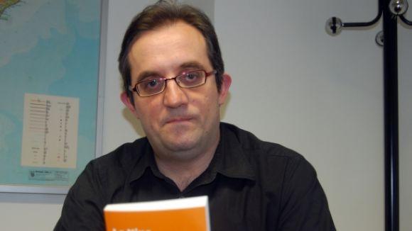 Ollé: ''Bratislava o Bucarest' adopta una estructura centrífuga per atrapar el lector'