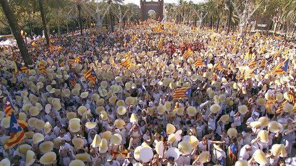 Sant Cugat contribueix a omplir Barcelona en un Onze de Setembre multitudinari i descentralitzat
