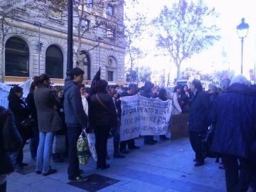 Els treballadors d'Indo protesten contra l'actitud de la direcció