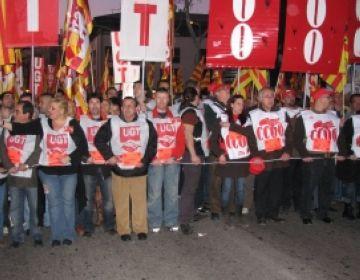 Més de 1.000 persones es manifesten a Sabadell per la defensa de la indústria i l'ocupació