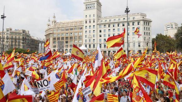 Presència santcugatenca a la manifestació del 12-O a Barcelona