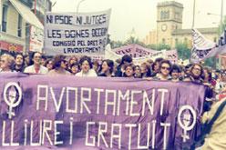 Atena Dones se suma a una campanya pel dret a l'avortament