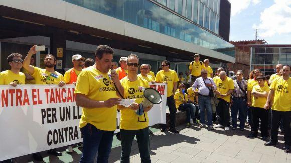 Més d'un miler de persones clama contra el tancament de Delphi