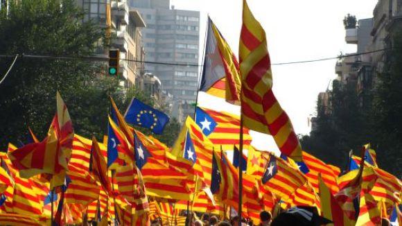 Cugat.cat fa una crida als lectors per fer una galeria fotogràfica de la V