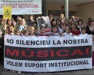 Les escoles de música privades es manifesten per demanar més ajuts oficials