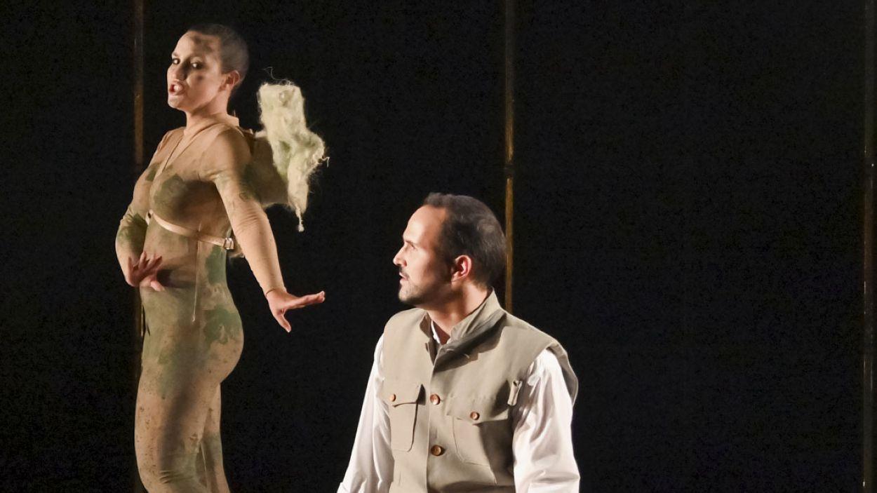 Laura Brasó i Marc Sala en un moment de 'La flauta màgica' / Foto: Toni Bofill