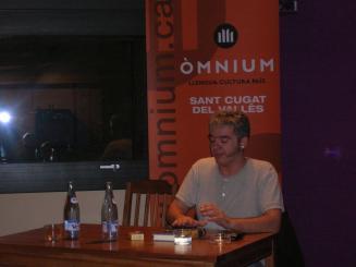 Màrius Serra signarà exemplars del seu darrer llibre a la seu d'Òmnium