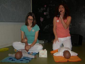L'espai santcugatenc Tarta Tatin acull la presentació del disc per a nadons 'Massatge amb cançons'