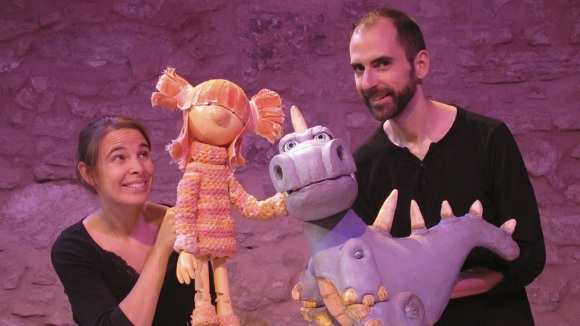 Teatre: 'Maure el dinosaure'