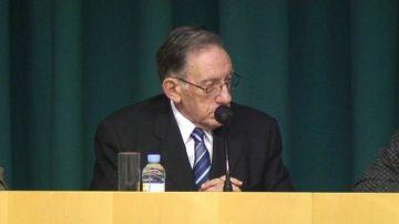 El món de la cultura agraeix l'entrega de Max Cahner en l'homenatge a l'ANC