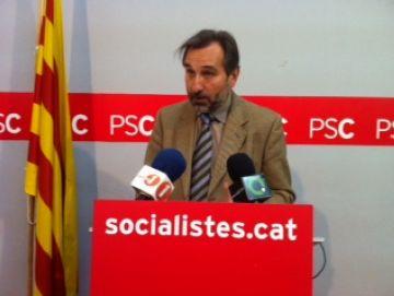 Menéndez demana que la investigació dirimeixi les responsabilitats i l'origen de les aportacions 'fraudulentes'.