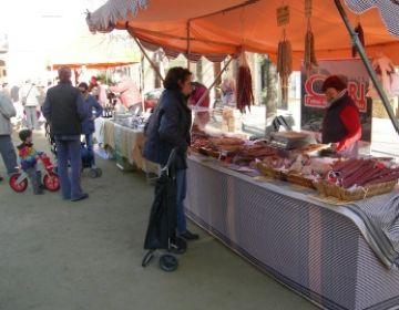 Moderació en el primer Mercat de Pagès de l'any, després d'una bona campanya de Nadal