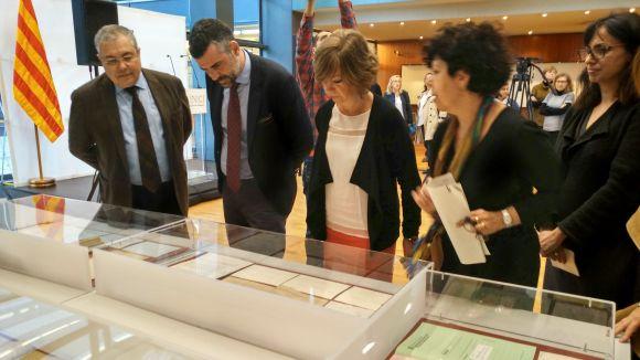 Governació entrega a l'ANC 40.000 fitxes de funcionaris de la Generalitat republicana