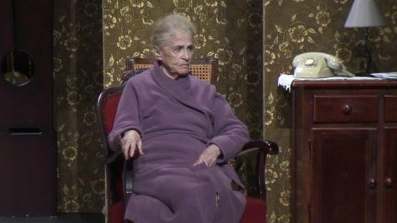 Montserrat Carulla es posa a la pell d'una iaia exquisida àvia de 82 anys