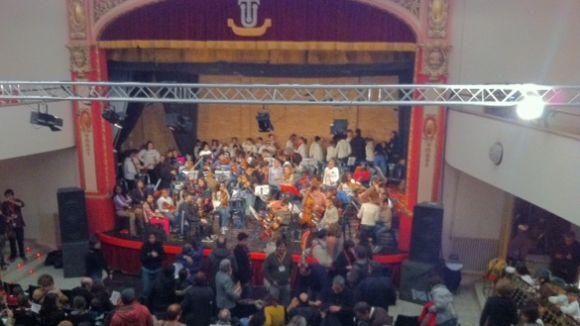 El concert 'Mosaic de Músiques' aplega 160 joves sobre l'escenari