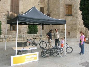 Més de 700 santcugatencs s'interessen per la prova pilot de bicicleta pública