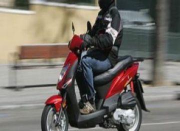 Els ciclomotors de més de tres anys d'antiguitat han de passar obligatòriament la ITV
