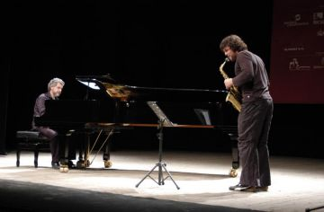 Manel Camp i Llibert Fortuny presenten un duet on combinen la música de Mozart i el jazz