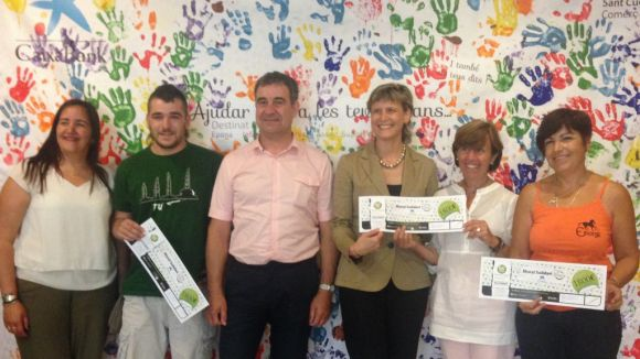 EPONA, Infinits Somriures i l'Associació de Salut Mental reben les donacions del Mural Solidari