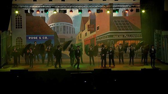 Lladres i policies protagonitzen el musical de Nadal de La Farga