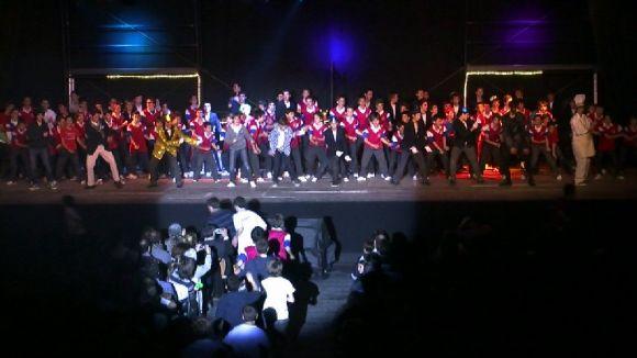 El musical 'Sis monedes de plata' posa a prova els alumnes de La Farga