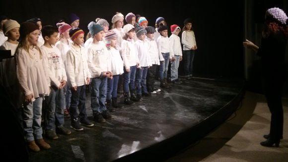 Torna la lectura solidària de 'Poema de Nadal' d'Òmnium